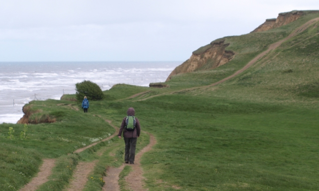 path up Skelding Hill, Ruth walking the Norfolk Coast Path