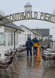 Southwold Pier, in the rain - Ruths coastal walk