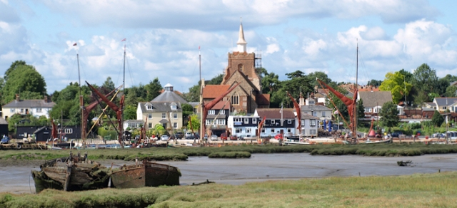 Maldon, Ruths Coastal walk around the UK