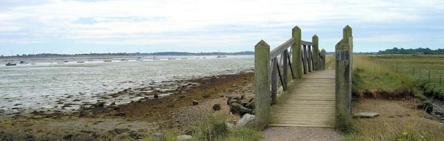 Thorney Island, Ruth walks around the UK coastline.