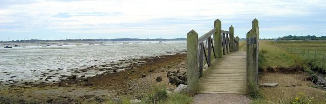 Thorney Island, Ruth walks around the UK coastline.