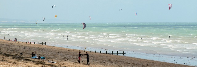 Kitesurfing - Shoreham Beach - Sussex, Ruth's coast walk