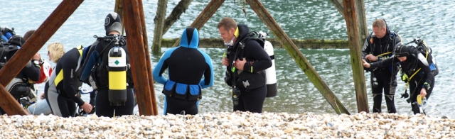 Scuba divers, Selsey Bill. Ruth walks around the coastline.
