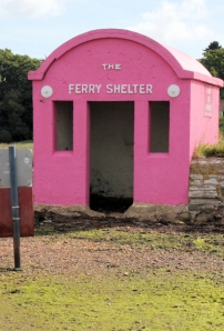 Hamble - Warsash pink ferry shelter, Ruth's coastal walk.