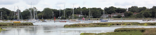 Hamble-le-Rice Marina, Ruth on her coastal walk, River Hamble