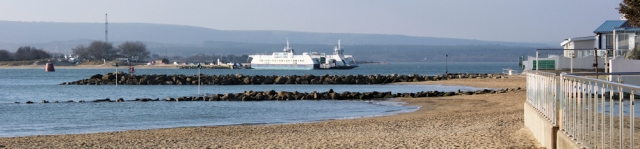 short ferry crossing, mouth of Poole Harbour, Ruths coastal walk
