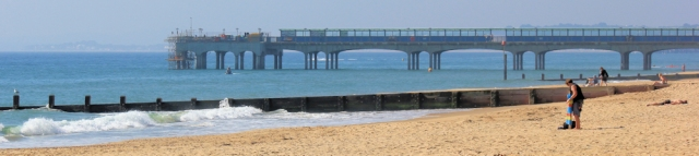 Bournemouth, 1st Pier, Ruth on her coastal walk