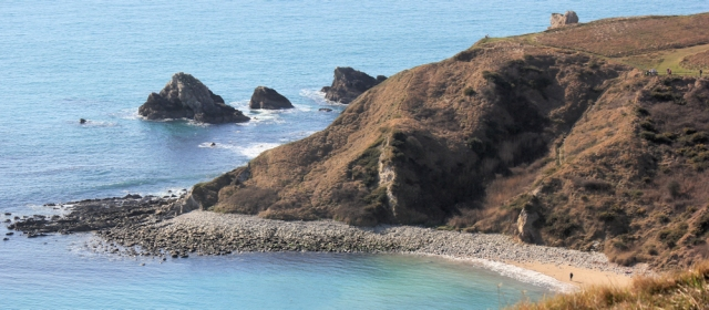 Mupe Rocks, Ruth walks along the South West Coast Path