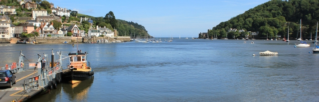 Dartmouth, looking to river mouth, Ruth's coastal walk
