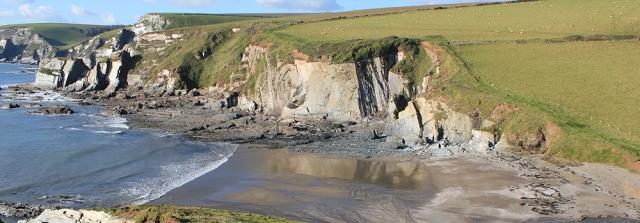 Aymer Cove, Devon, Ruths coastal walking