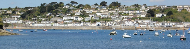 04 St Mawes from Place House, Ruth walking the South West Coast Path