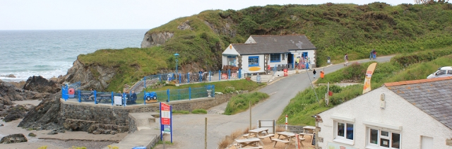 beach cafe, Kennack Sands, Ruth's coast walk, Cornwall