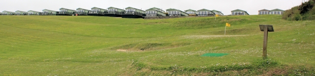 Kennack Sands holiday park, Ruth on the SW coast path