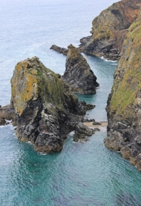 Hell's Mouth, Ruth walking the SWCP, North Cornwall