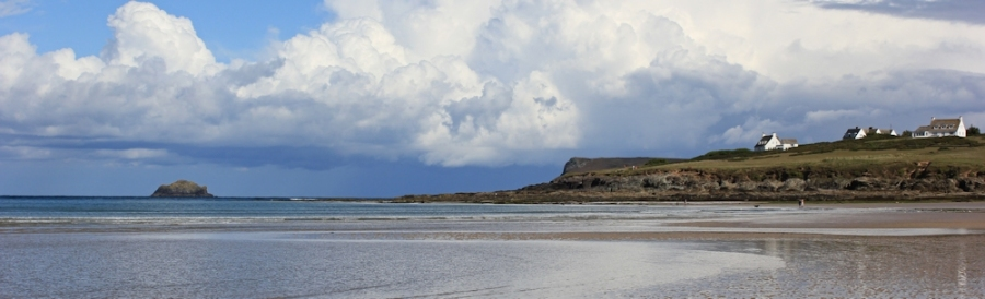 across Daymer Bay, near Polzeath, Ruth's walk along the coastline of the UK