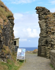 Entrance to Tintagel, Ruth Livingstone