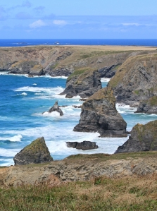 Carnewas, Bedruthan steps, Ruth walking around the coast, Cornwall