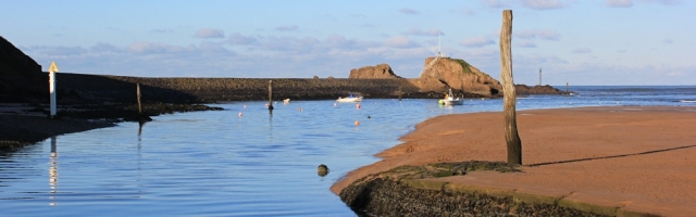 07 Bude Canal empties into Bude Haven, Ruth's coast walking