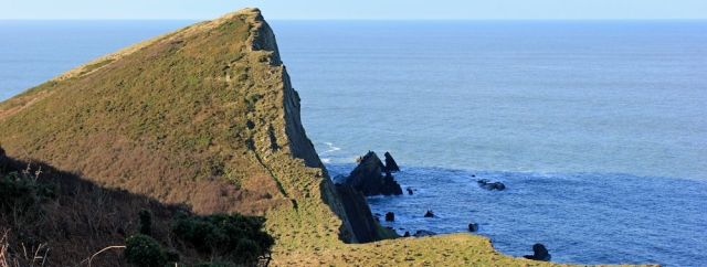 12 Smoothlands path, Ruth walking the SW Coast Path, North Devon