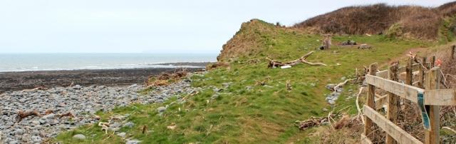 x04 flotsam on South West Coast Path, Ruth on coastal walk