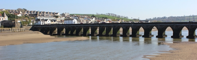 Bideford Long Bridge, Ruth on the SWCP