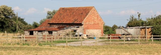 ramshackle Steart, farming community, Ruth's coasal walk, Somerset