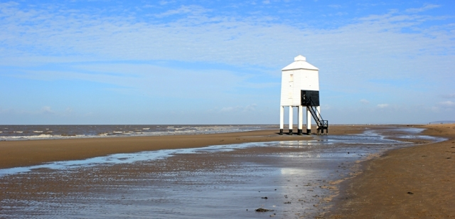 strange lighhouse on stilts, Ruth walking through Burnham on sea