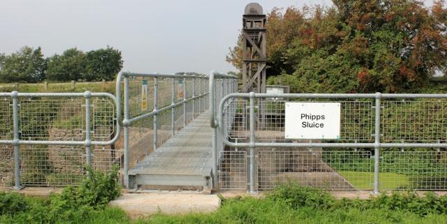 b04 Phipp's Sluice, Ruth walking in North Somerset