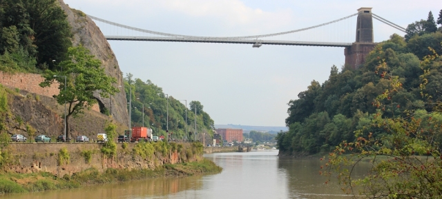 c03 Clifton Suspension Bridge, Ruth walking along the Avon River Trail, Bristol
