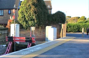 Severn Beach Station - buffers