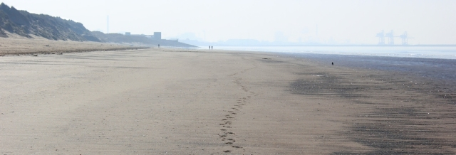 04 only footsteps on beach, looking back to Port Talbot