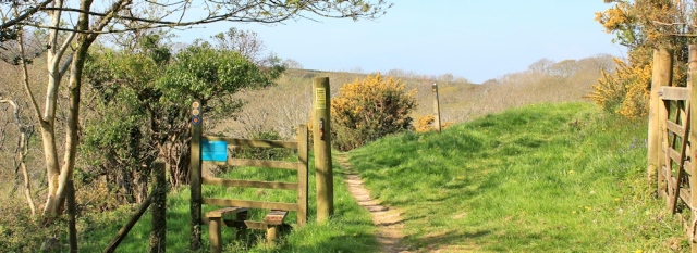alternative route at high tide, Ruth walking the Wales Coast Path, Caswell Bay
