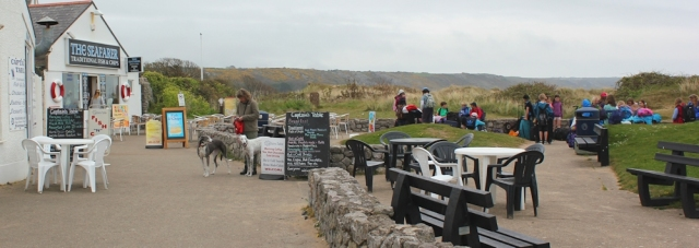 Port-Eynon beachside cafe, Ruth's coastal walk in Wales