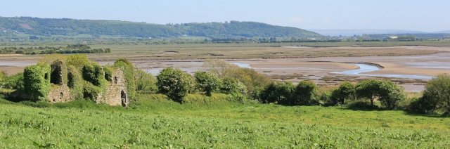 a09 view over estuary, Ruth on road to Ferryside