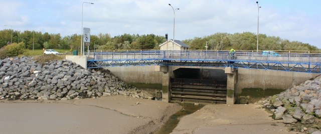 b11 sluice gate and B4304, Ruth walking the WCP, Llanelli