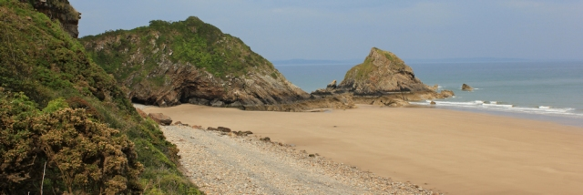 Monkstone beach, Ruth taking wrong turn, Pembrokeshire