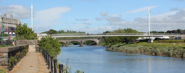 pedestrian bridge over Towy at Carmarthen, Ruth in Wales