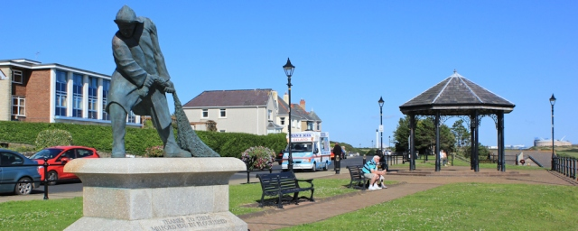 26 bandstand and fisherman statue, Ruth in Milford Haven