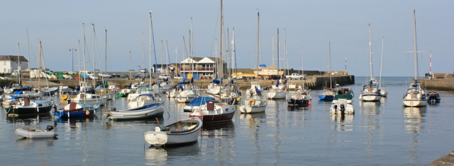 01 Aberaeron marina in the morning sun, ruth livingstone