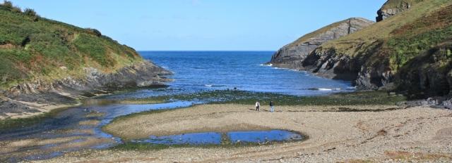 Ceibwr Bay, Ruth walking the coast in Pembrokeshire