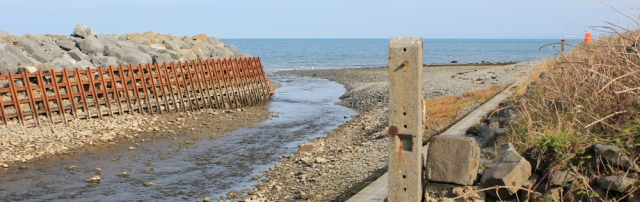 05 sea defences at Aberarth