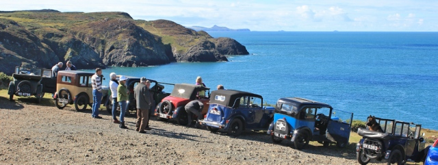 07 vintage cars, Stumble Head, Ruth hiking through Wales