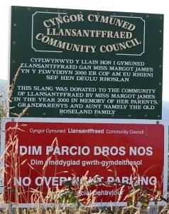 13 donated land, Llansantffraed
