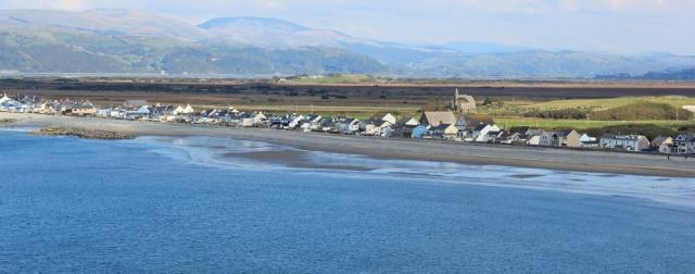 17 Borth, Ruth on the Ceredigion Coast Path