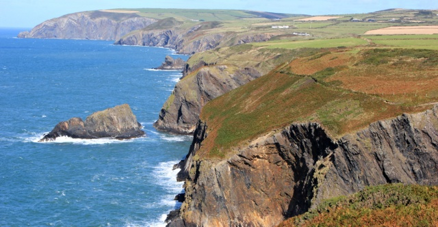 17 Pembrokeshire Coast Path, Ruth hiking to Ceibwr Bay, Wales