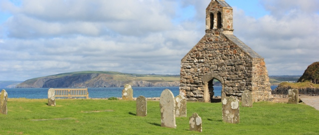 18 church at Cwm-yr-Eglwys, Ruth's coastal walk to Newport