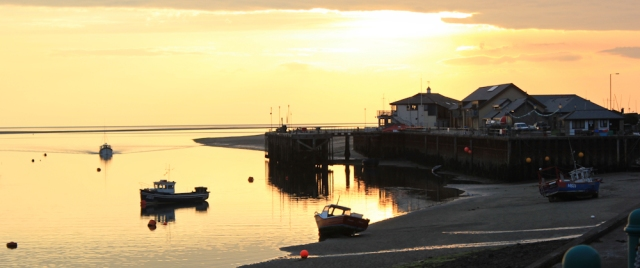 sunset in Aberdyfi, Ruth's coastal walk through Wales