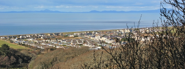 17 down to Fairbourne, Ruth on the Wales Coast Path