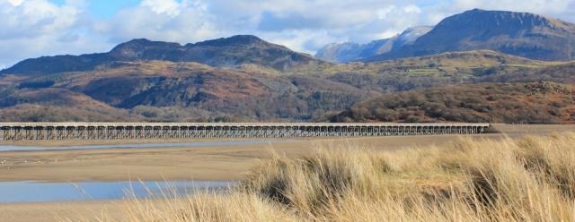 21 Railbridge, Barmouth, Ruth walking in Wales