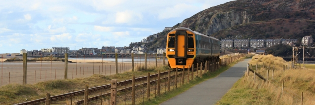 24 Train over Barmouth Bridge, Ruth's coastal walk